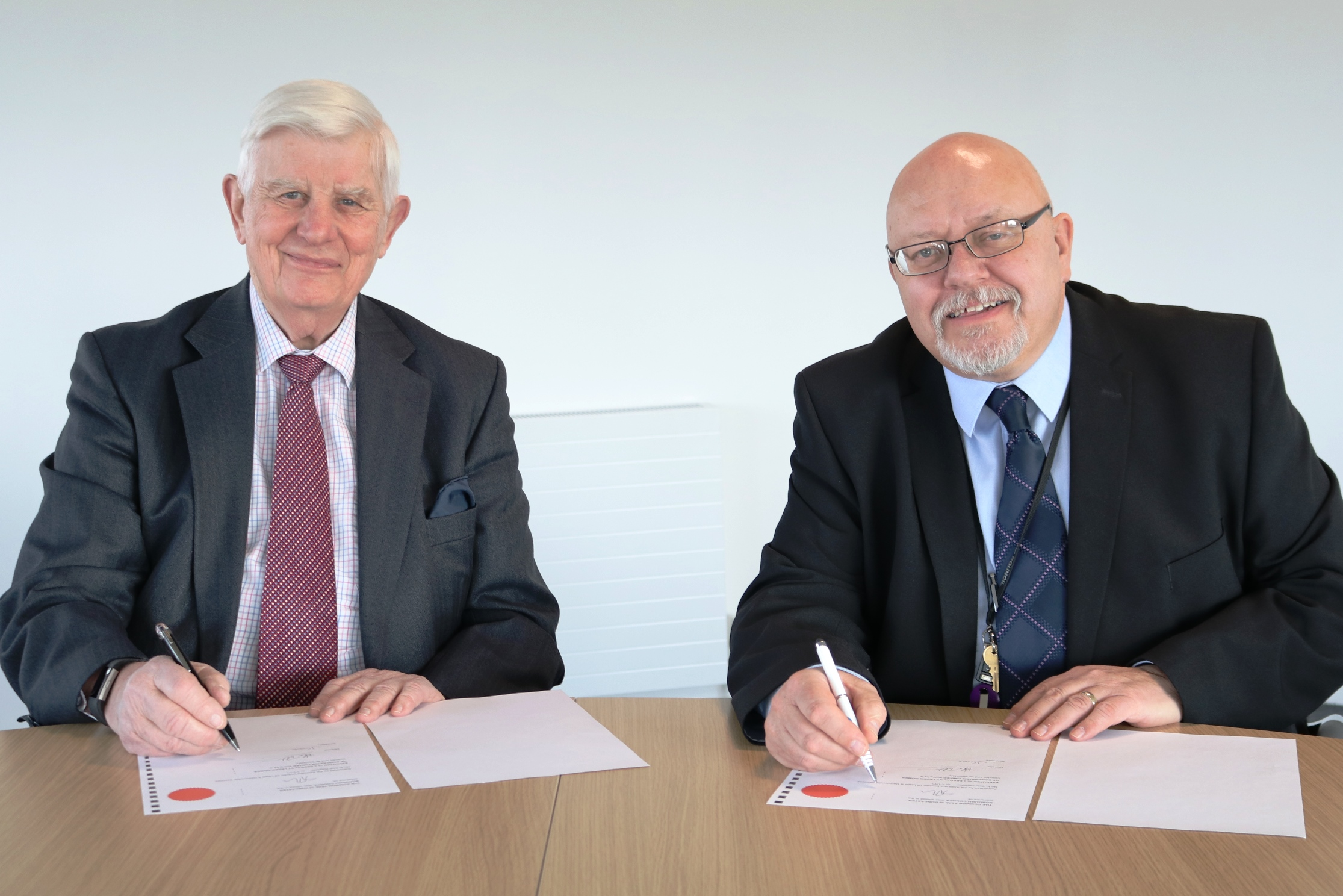 Alan and Glyn - Management agreement 1.jpg